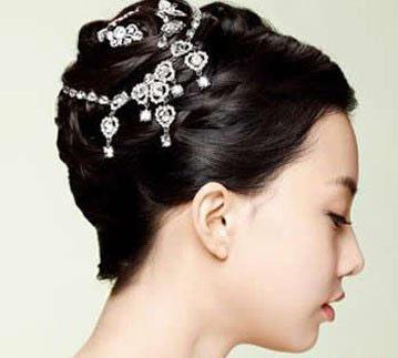 2012韩式新娘盘发发型
